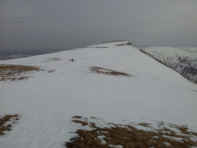 5.45pm Kidsty Pike ahead, just this final ascent left then it's downhill