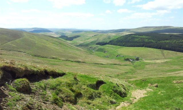 Slogging up Bloodybush Edge looking down to Uswayford & the Usway Burn - 2pm