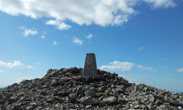Windy Gyle Summit Cairn, a Bronze Age burial mound - 4.40pm