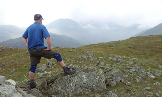 A true fashion icon, on Base Brown looking south to Great End & the Scafells