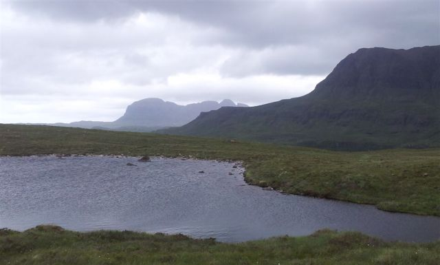 20 mins after leaving the car, first ever fully clear view of enigmatic Suilven