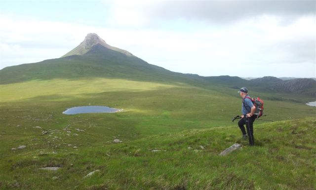 More experienced mountain posing (found another rock), over Lochain to Stac Pollaidh