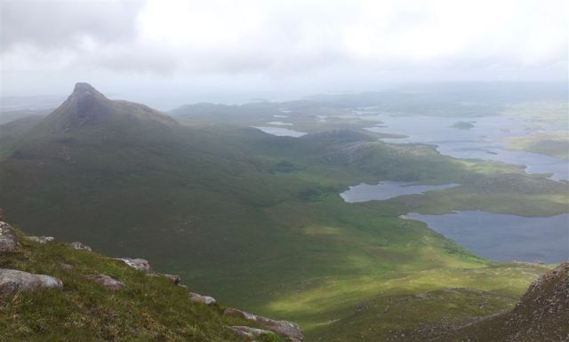 Little further up, looking west over Stac Pollaidh
