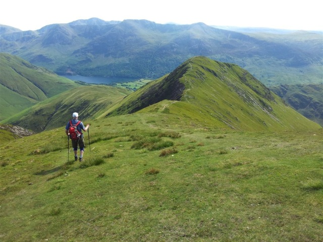 Knee bother, descending to Whiteless Pike
