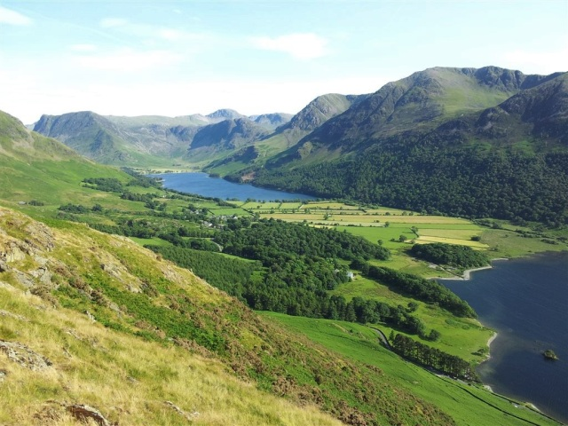 Decent view from top of Rannerdale Knotts over Buttermere, Fleetwith Pike, Haystacks, Gable etc etc