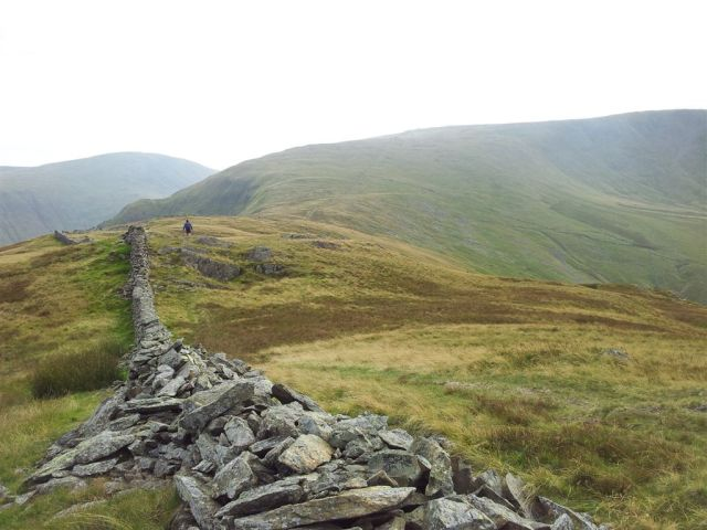 Route along the wall to Stony Cove Pike