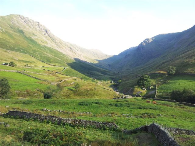 Up Pasture Beck to Threshwaite