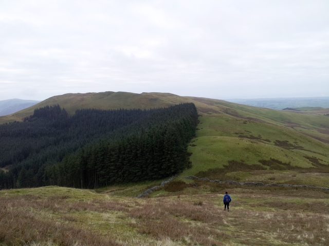 Descending to attractively named Widow Hause, with Greystones up top