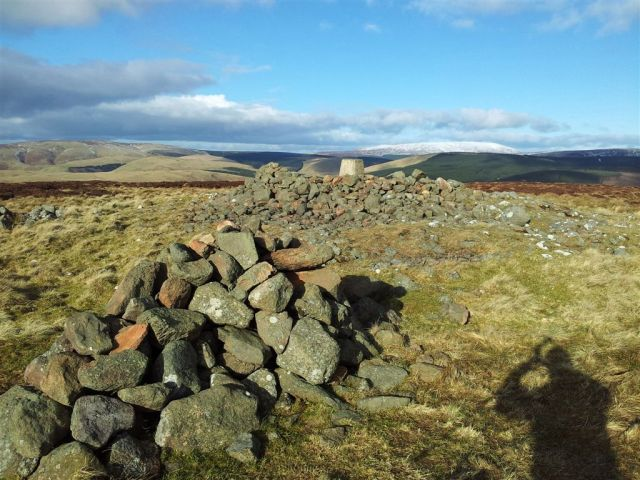 Shillhope Law view & cairns