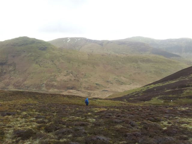 Starting the descent to the Mosedale Beck. Hen Comb above