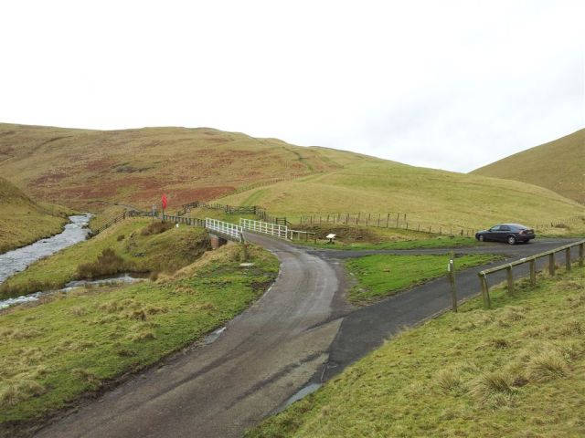 Trows Rd (Slimefoot) Car Park