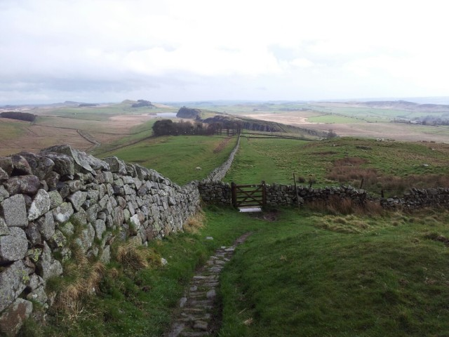 Descending to Steel Rigg