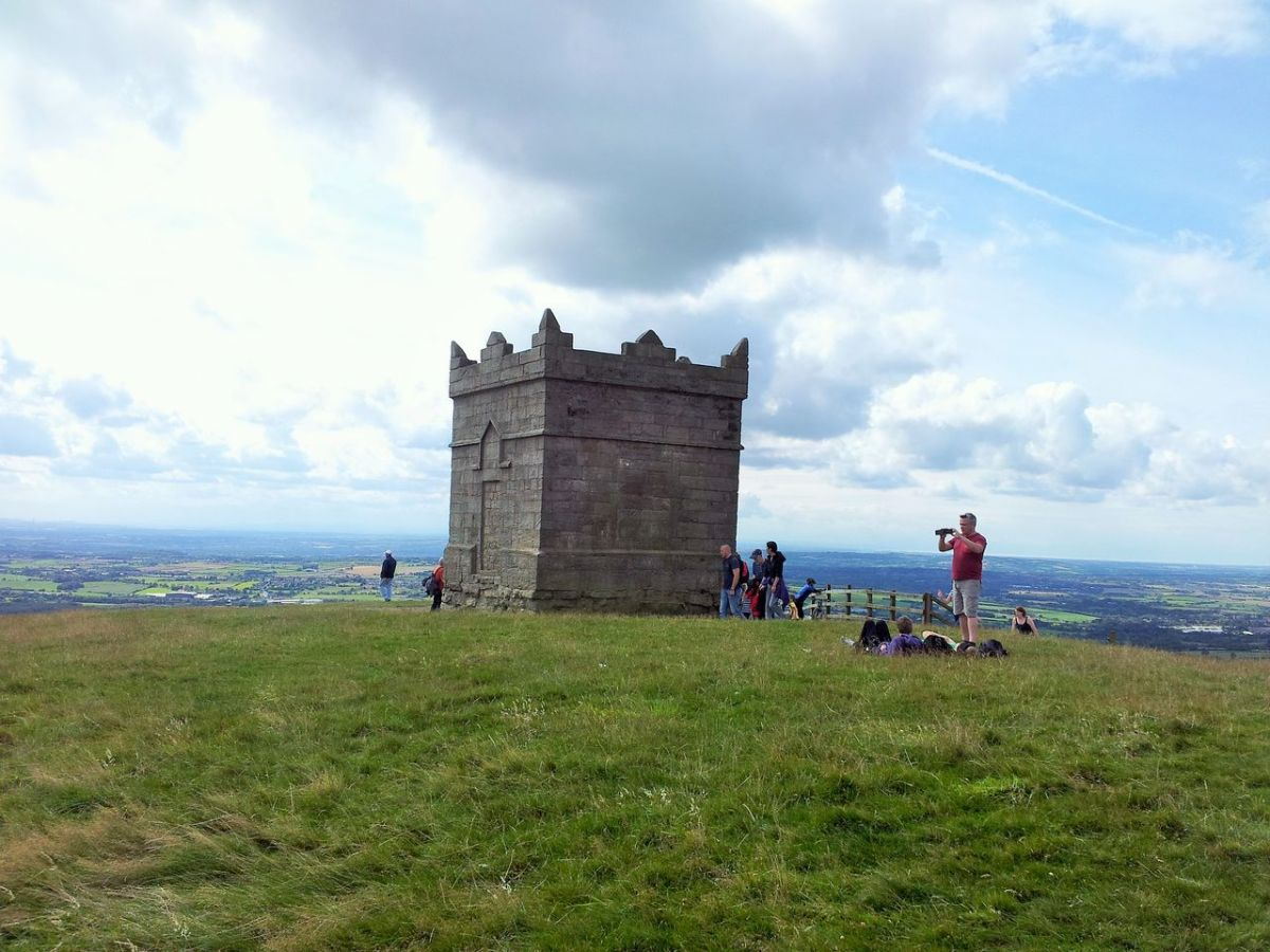 A Summer Walk on Winter Hill and Rivington Pike via Two Lads - from Lower House