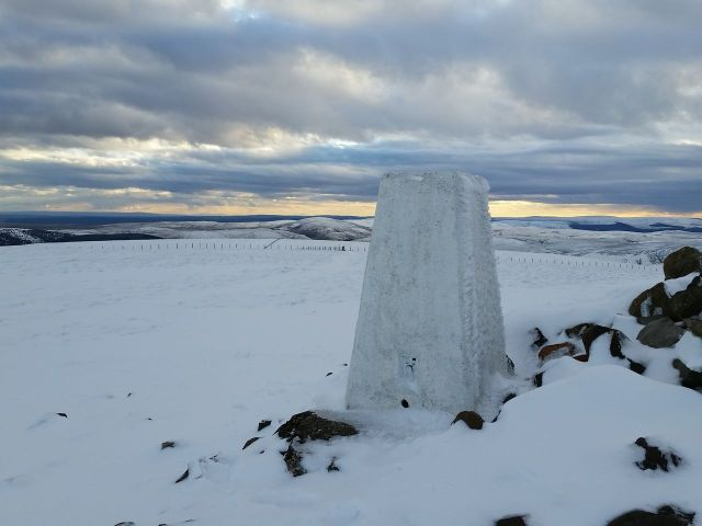 Wintry Windy Gyle walk March 2016_12